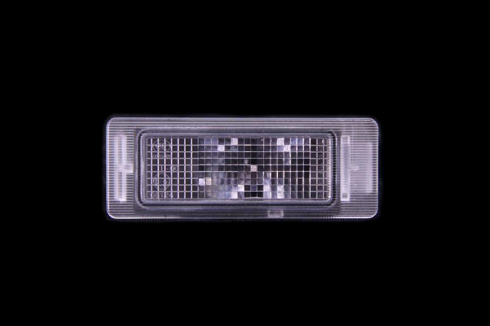 GM 13502178  - Осветитель номерного знака. Мокка, Инсигния унив.