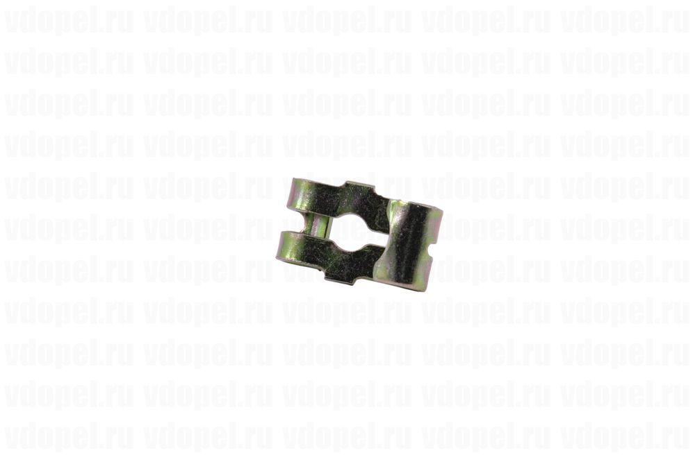 GM 90121233  - Крепление троса ручника. Вектра А,  Корса АВ, Калибра, Аскона.
