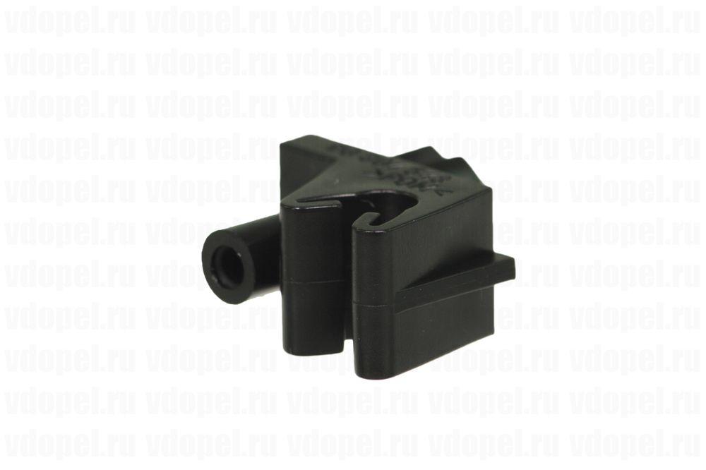 GM 90304543  - Держатель тормозных трубок.